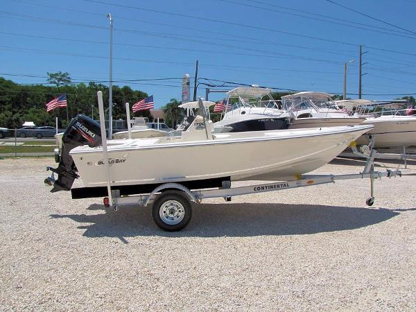 Bulls Bay 1700 Bay Boat