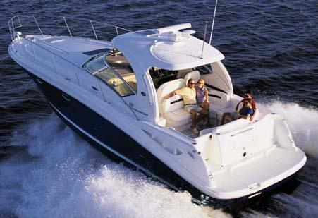 Sea Ray 390 Sundancer Manufacturer Provided Image