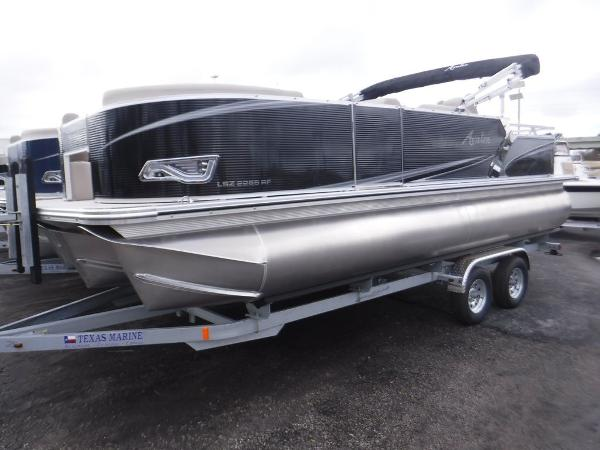 Avalon LSZ Rear Fish 22'