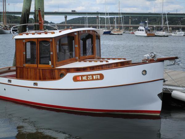Glen-L Bradenton Mini Tug