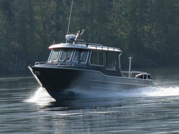 Aluminum Fishing Boat - Wolf Mfg. West Coast Cruiser