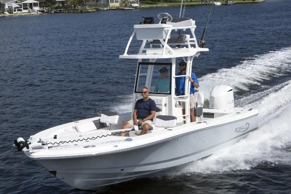 Robalo 246 Cayman SD Manufacturer Provided Image