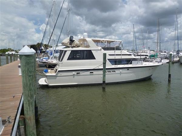 Hatteras Cockpit Motor Yacht