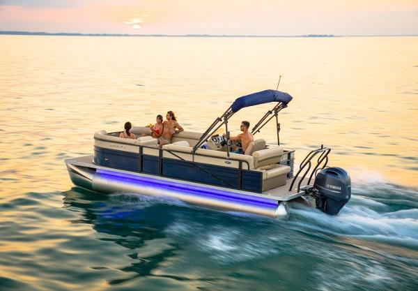 Crest Pontoon Boats II 230