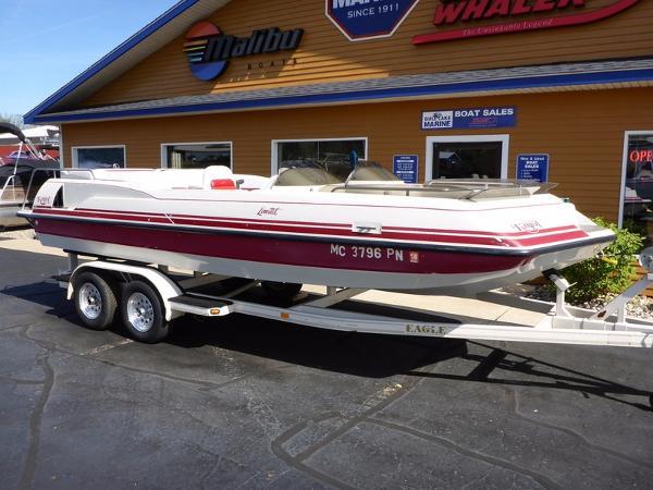 Kayot 200 LTD Deckboat