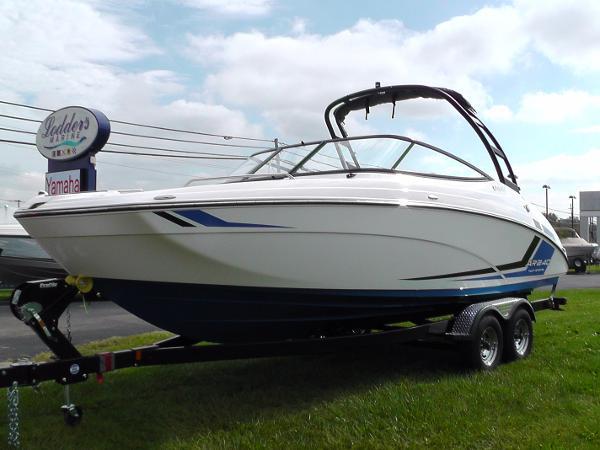 Yamaha Sport Boat ar240