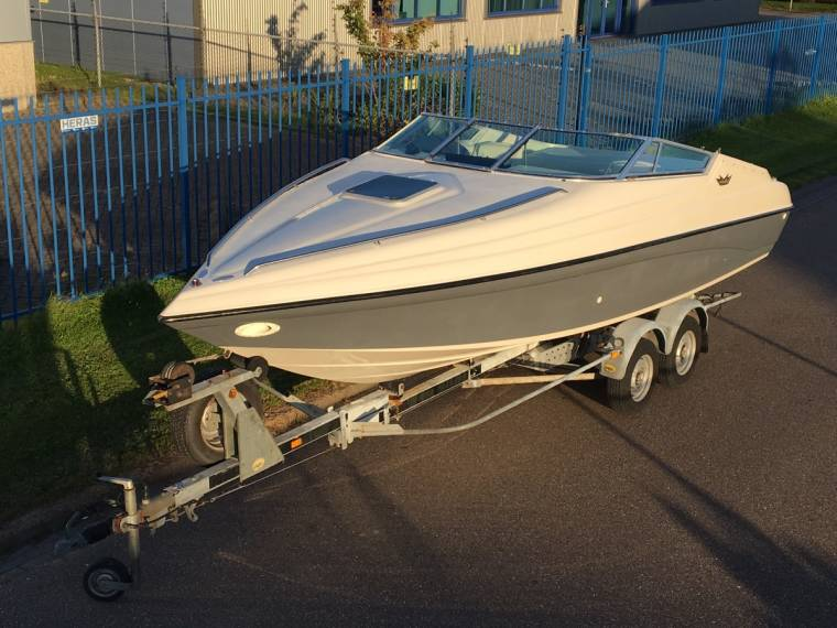 Crownline Boats & Yachts Crownline 225 CCR