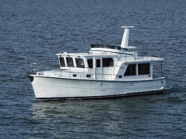 Helmsman Trawlers 38E Pilothouse Underway