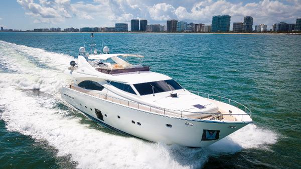 Ferretti Yachts 881 88' Ferretti