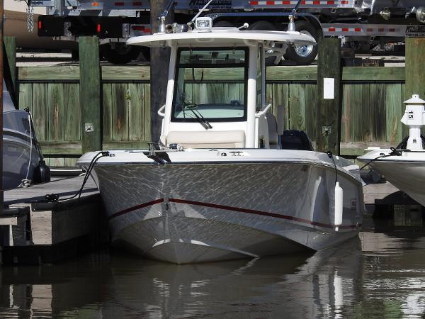 Boston Whaler 250 Outrage