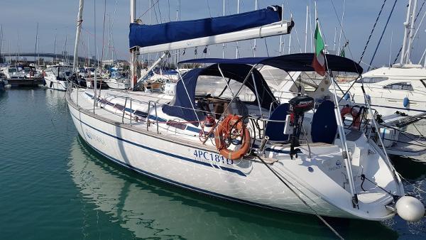 Bavaria 44 Cruiser intera