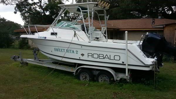 Robalo 2440 Walkaround 2000 Robalo 2440 Walk Around