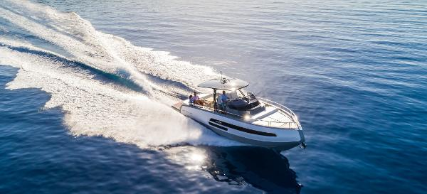 Invictus 370GT Special offer!