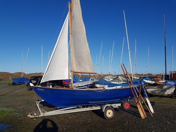 Custom Shetland Skiff Shetland Skiff on trailer