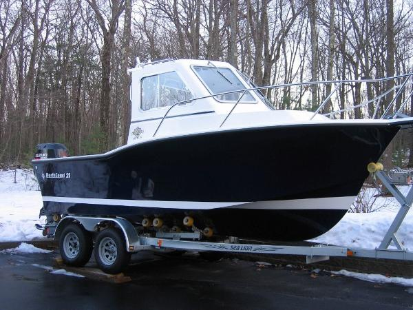NorthCoast 21 HT Pilothouse