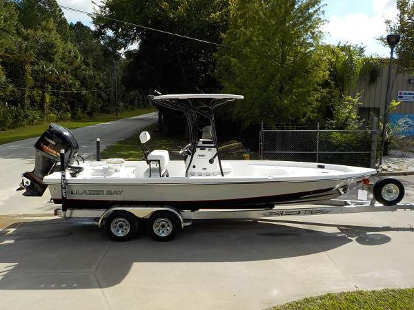 Blazer Boats BAY 2420 PRO