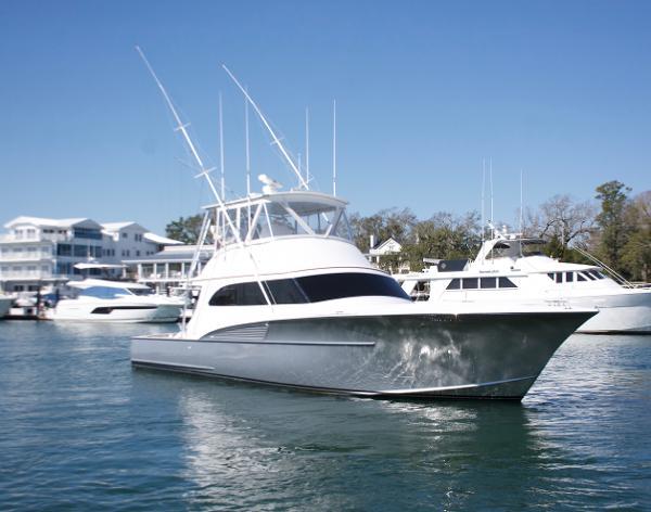Custom Carolina Sonny Briggs w/ Seakeeper