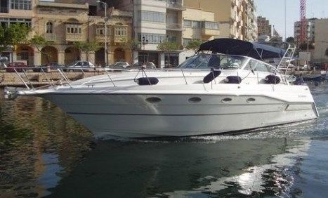 Cruisers Yachts Esprit 3670