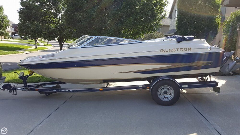 Glastron GX 205 2001 Glastron GX 205 for sale in Olathe, KS