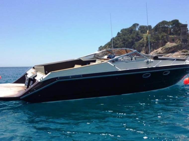 Glastron Riviera