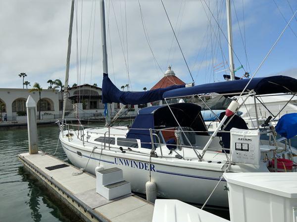 Catalina 36 MkII At the dock
