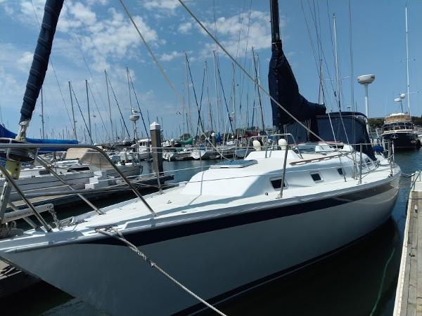 Ericson 38 Sloop Port Bow