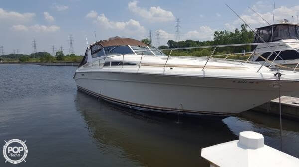Sea Ray 440 Sundancer 1992 Sea Ray 440 Sundancer for sale in Portage, IN