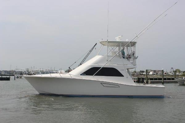 Cabo yachts 43 Convertible Profile