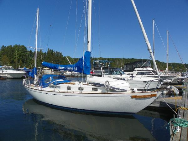 Alberg 37 Yawl dockside