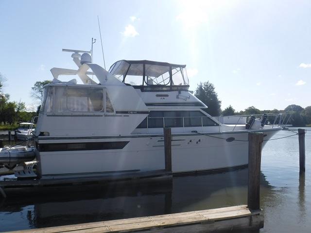 Carver Californian 45 Motor Yacht