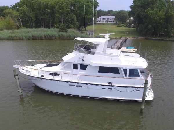 Hatteras 54 Motoryacht Port Side