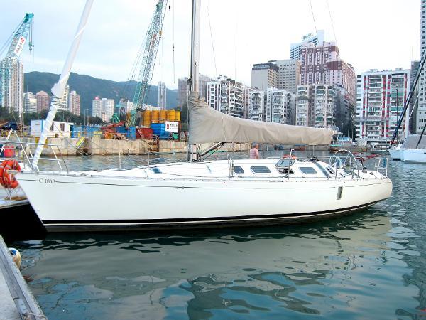 Beneteau First 41.5 Beneteau First 41 - Profile