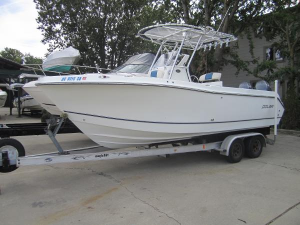 Polar Boats 2300 Center Console