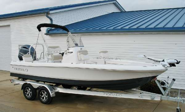 Robalo 206 Cayman 2017 Robalo 206 Cayman at Yachts to Sea