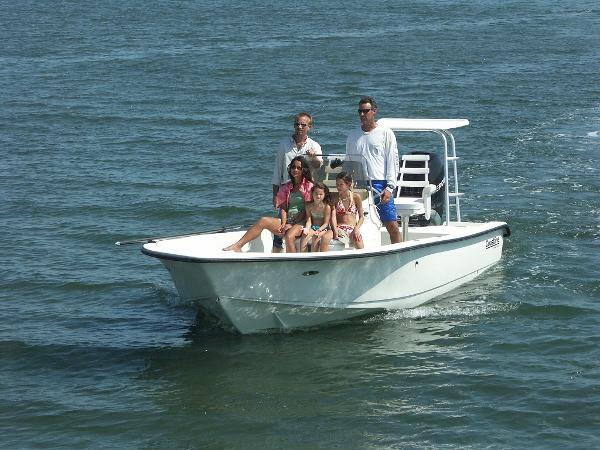 Action Craft 2110 Coastal Bay