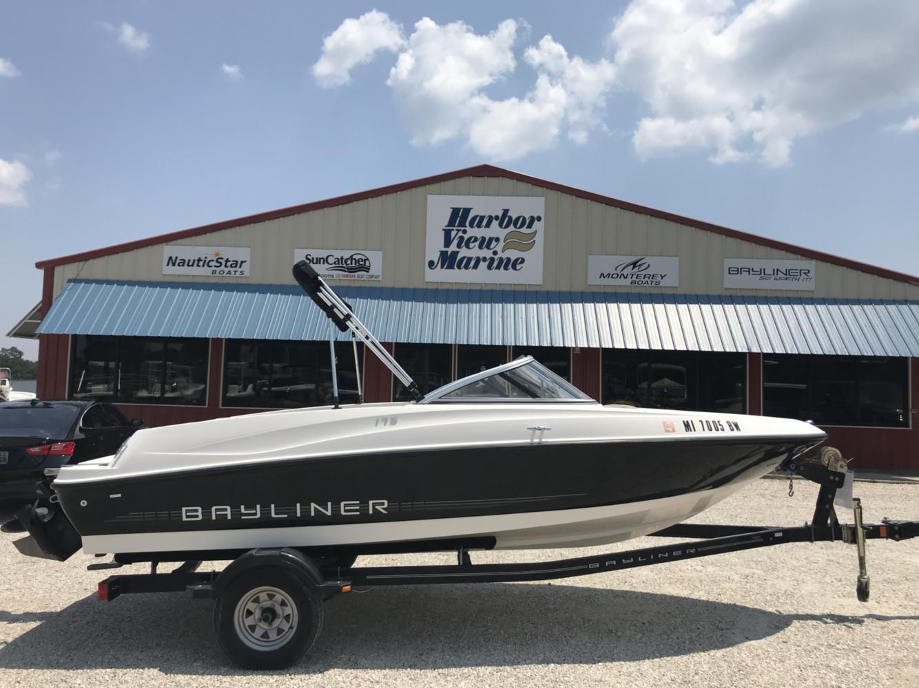 Bayliner International 175 Bowrider