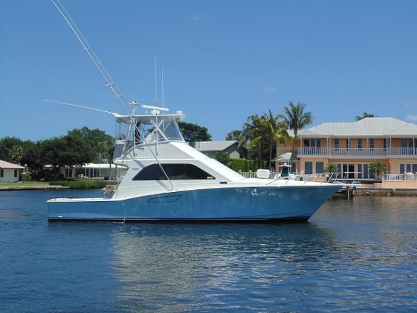 Cabo yachts 47 Sport Fisherman Defiant
