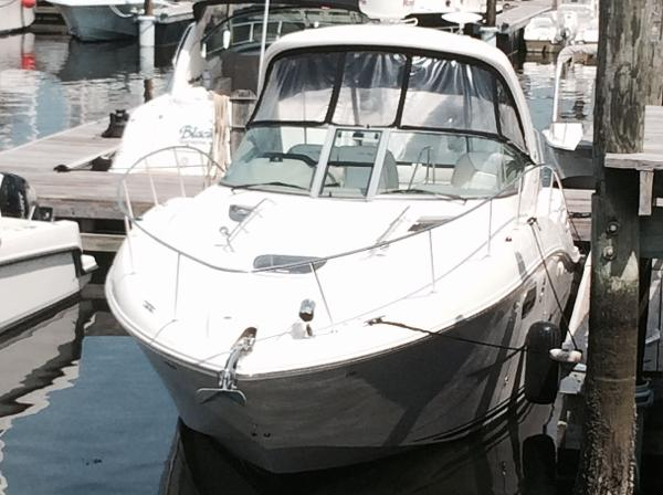 Sea Ray 350 Sundancer 01