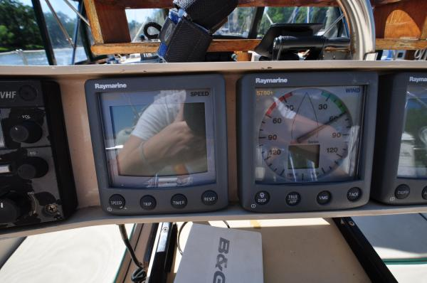 helm electronics 2