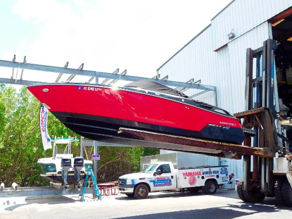 Monterey 268 SS Open Bow Sport Side View
