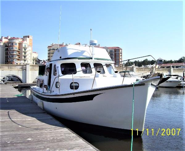Rosborough RF-35 Atlantic Trawler