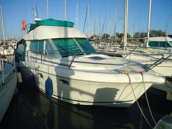 Jeanneau MERRY FISHER 925 FLY BI MOTEUR