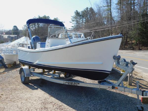 Eastern 20' Center Console
