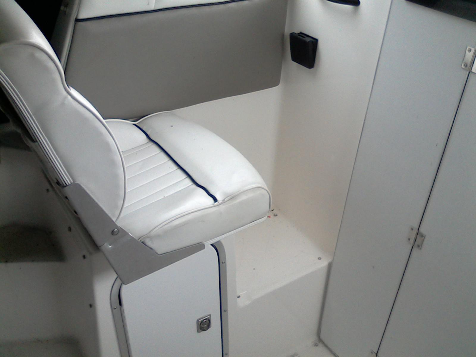 Bayliner 2452 EXPRESS