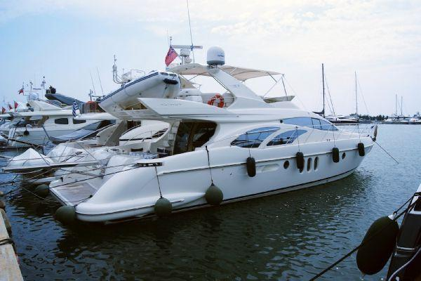Azimut 62 General view