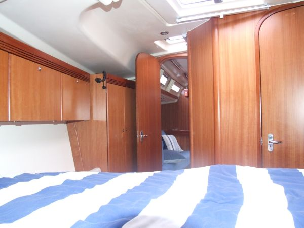 Forward Cabin Looking Aft