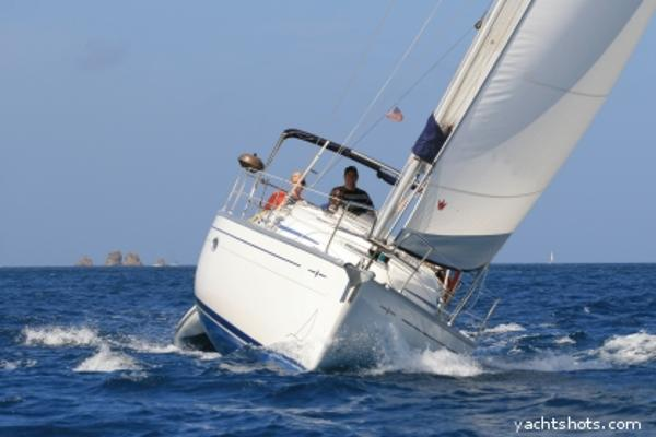 Bavaria Cruiser 33 Bavaria 33 for sale