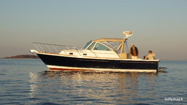 Hunt Yachts Surfhunter