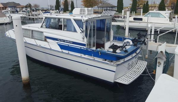 Marinette Marinette Flybridge - 32