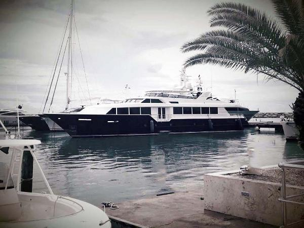 Broward Raised Pilothouse MY Main Profile